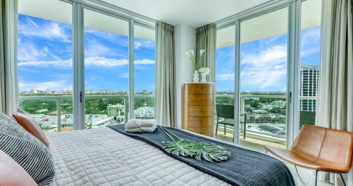 1 33Incredible City Water View Corner Deluxe Studio in Coconut Grove