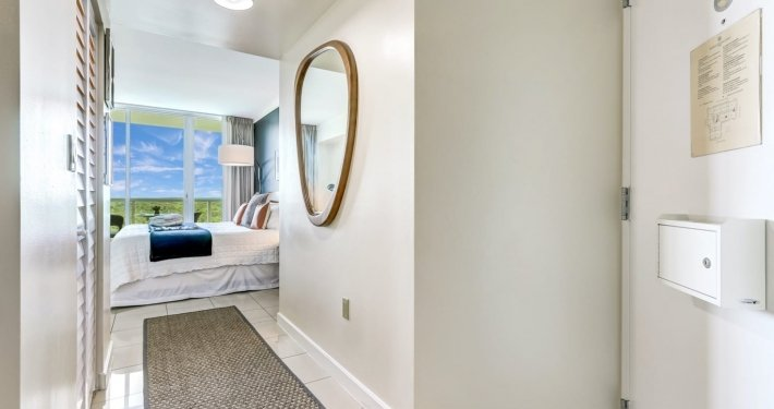 Gorgeous Bay View Studio in Coconut Grove5