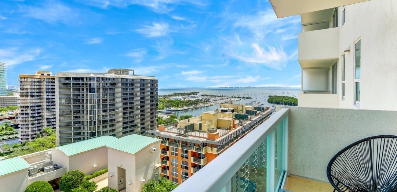 Gorgeous Deluxe City View Studio in Coconut Grove2